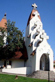 Makovecz Imre épületei - Millenniumi templom - Csíkszereda - Székelyföld - Erdély