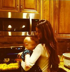 Selena and her baby sister Gracie