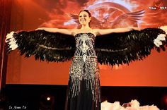 Katniss Everdeen Wedding Dress Trasformation Mockingjay From: Hunger Games Catching Fire Follow me on FB: https://www.facebook.com/TamiyoCosplay #Katniss #KatnissEverdin #catchingfire #hungergames #mockingjay #katnissweddingdress #jenniferlawrence #katnisscosplay