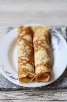 Clătite keto din 2 ingrediente – Rețete LCHF Sans Gluten, Fără Gluten, Keto Bread, Lchf, Food And Drink, Ethnic Recipes, Crackers, 2 Ingredients, Diet