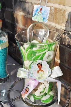 Princess Tiana & Frog AKA. Chelsea | CatchMyParty.com