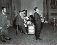 Charlie Bird Parker & Dizzy Gillespie Town Hall 1945 Harold Doc West, drums Slam Stewart, bass and Dizzy, Town Hall 1945