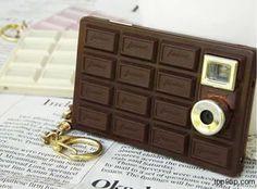Você gostaria de ter uma câmera de chocolate? Pois ela existe. E o melhor de tudo... é uma câmera em barra de chocolate que faz fotos reais! Duvida?