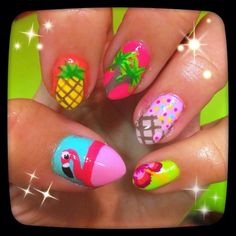 Tropical nail art-cool