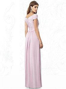Discover the most elegant bridesmaid dresses in an amazing range of styles, colors and sizes. Junior bridesmaids, flower girl dresses, and men's formal wear to match. Find the perfect wedding accessories for your bridal party! Dusky Pink Bridesmaid Dresses, Cap Sleeve Bridesmaid Dress, Bridesmaid Dress Styles, Girls Dresses, Flower Girl Dresses, Formal Dresses, Wedding Dresses, Party Dresses, Dresser