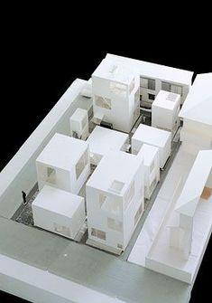 SANAA - Moriyama House - Model: