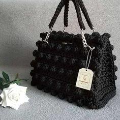 Crochet Clutch, Crochet Handbags, Crochet Purses, Crotchet Bags, Knitted Bags, Crochet Bag Tutorials, Couture Embroidery, Handmade Leather Wallet, Macrame Bag