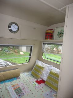Vintage British Camper Travel Trailer -1975 Alphine Spirit