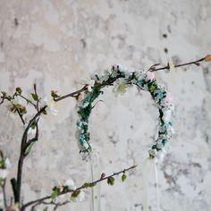 Handmade flower crown from Vienna. ❤ Exclusive custom made wedding crowns for brides ❤ Blumenkranz handgemacht in Wien anfertigen lassen. Boho, Handmade Flowers, Flower Crown, Bridesmaid, Wreaths, Design, Wedding, Floral Wreath, Getting Married
