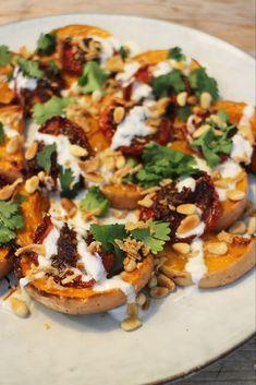 Ottolenghi, Christen, Vegetable Pizza, Vegetables, Yoghurt, Food, Tomatoes, Hoods, Vegetable Recipes