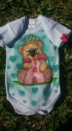 Tole Painting, Fabric Painting, Paint Shirts, Bear Pictures, Painted Clothes, Colorful Drawings, Painting For Kids, Textiles, Indiana
