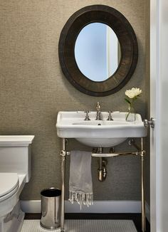 Clean simple bathroom design with exposed under sink | Chango & Co.