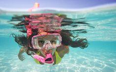 En verano no olvides proteger tu pelo del sol, del cloro y la sal. E hidratalo a medudo!