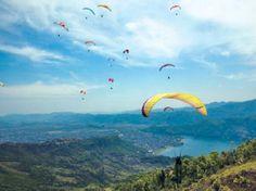 Paragliding in Nepal Paragliding-in-Pokhara_20120811090009.jpg