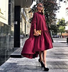 WEBSTA @ roksana_fashion - На Алине платье-рубашка с воланом винного цвета, клатч ручной работы - всё представлено в наших магазинах!