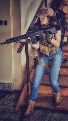 Girls with Guns ❤ 💜 💖 💗 💟 💜 ❤ 💙 💚 💛 Airsoft Girls, Foto Cowgirl, Gunslinger Girl, Female Soldier, Warrior Girl, Military Women, N Girls, Badass Women, Look Cool