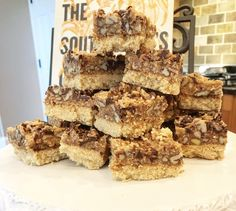 Goodness Gracious Cookie Bars Keto friendly, low carb high fat, keto desserts!! Deliciously Devine Www.ketocracy.com Atkins Desserts, Low Carb Desserts, Low Carb Recipes, Spring Treats, Brownie Bar, Keto Cookies, Ketogenic Recipes, Whole 30 Recipes, Cookie Bars