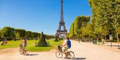 Paris' compact size and classic good looks make it a city that's ideal for walking. So pack some sturdy shoes as well as your glad rags, and follow us on a tour of the city's highlights both above and below ground. If you've only got 48 hours, this is our pick of the unmissables. And … Continue reading 48 Hours in Paris