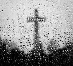 :o) So, it was raining this Easter morning & a friend of mine from school posted these words that I find beautiful & absolutely true.... The sky is crying a happy unworthy cry this morning!! We are so unworthy but thank you Jesus for your sacrifice and promise that our sins are washed away. We are new in your precious blood and can face tomorrow.