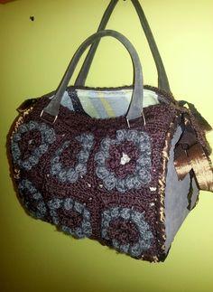 borsa in lana con con laterali e manici in camoscio