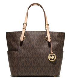 Michael Kors Purse  Love this purse