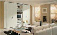 application du fond de teint avec une ponge le teint. Black Bedroom Furniture Sets. Home Design Ideas