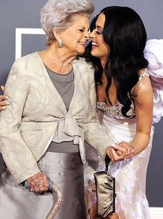 Katy Perry and Grandma Ann- absolutely precious!
