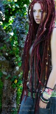Shade Of Ashes: 20 (25) Little Unknown Things About Having Dreadlocks