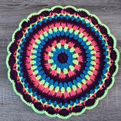 Mandalas napperon au crochet