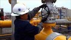 Chile empezó este martes a enviar gas natural hacia Argentina después de una década de que Buenos Aires detuviera el trasiego en sentido contrario, afectando gravemente al mercado energético chileno.