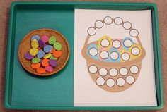 15+ ideas for using do-a-dot printables to help kids learn: use thematic miniatures to practice one-to-one correspondence #DoADot #handsonlearning || Gift of Curiosity