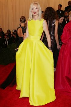 Joely Richardson brought some colour to the red carpet in a sunflower yellow dress by Roksanda Ilincic. #MetGala #2013