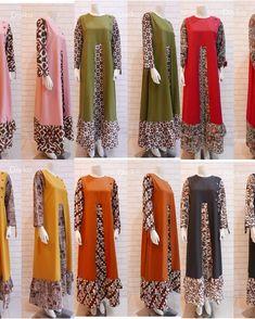 Tidak ada teks alternatif otomatis yang tersedia. Batik Dress, Fashion Sewing, Hijab Fashion, African Fashion, Muslim, Kimono Top, Cap, Detail, Womens Fashion