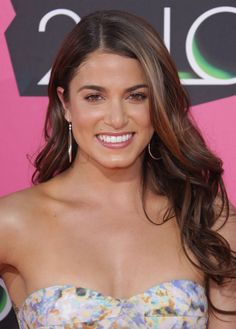 Nikki Reed's sexy long hairstyle at the 2010 Kids Choice Awards!