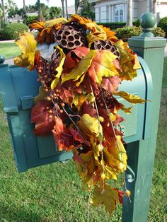 Love this mailbox spray for fall.  Just imagine what florals you could use for winter, spring and summer!