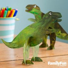 Stand-up Dinosaur Toys: Show four-legged dinosaurs who's boss with this cleverly designed bipedal model.