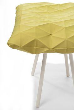Poli Chair par Mika Barr & Producks Design Studio - Journal du Design