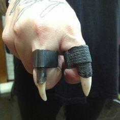 Croco tooth dog fang oxidized silver rings / anel Croco e canino em prata oxidada