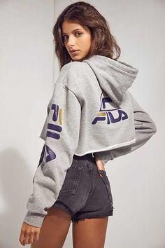 ae490e2690d20d FILA + UO Basketball Cropped Hoodie Sweatshirt Fila Outfit