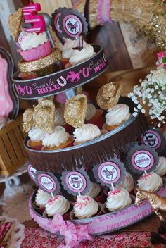 Luff The Decorations Around Each Tier Mini Hats As Cupcake