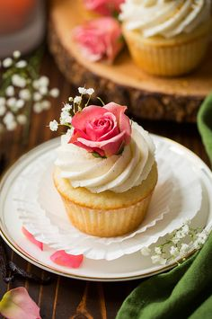 Vanilla Bean Cupcakes with Vanilla Buttercream Frosting - Cooking Classy