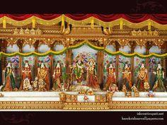 http://harekrishnawallpapers.com/sri-sri-radha-govinda-with-ashtasakhi-iskcon-tirupati-wallpaper-006/