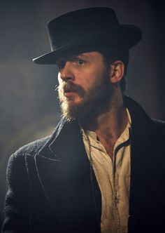 Tom Hardy in Peaky Blinders season 2 .... You're so sexy, Tommy ❤❤❤