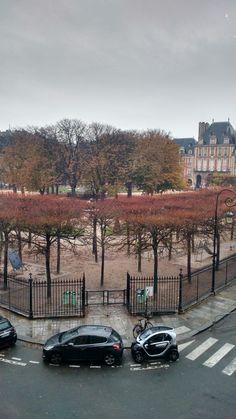 Vista da janela da casa de Victor Hugo #marais #paris #trip