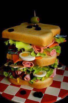 Pastel creativo en forma de sandwich