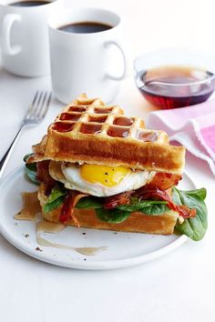 Buttermilk Waffle, Bacon and Egg Sandwich: Why choose when you can have waffles and eggs? This is the perfect brunch sandwich. Click through to discover more quick and easy brunch recipes perfect for Mother's Day. Bacon And Egg Sandwich, Waffle Sandwich, Egg Sandwiches, Bacon Egg, Bacon Food, Turkey Bacon, Breakfast Waffles, Breakfast Menu, Breakfast Recipes