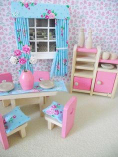 CHILDREN'S MINIATURE  DOLLS HOUSE FURNITURE SHABBY CHIC DINING SET NEW