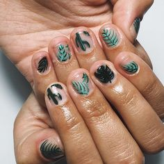 Scarlett, YOU GOT PIMPED !! #ThisisVenice #NailArt #PimpMyNails #NailArtParis #HandPainted #Plants