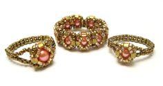 Pink Pearl Beaded Rings, one on left Make 4 Bead Jewellery, Seed Bead Jewelry, Jewelery, Beaded Rings, Beaded Bracelets, Jewelry Crafts, Handmade Jewelry, Earrings Handmade, Diy Rings