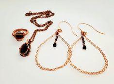 Schmuck Design, Geology, Garnet, Minimal, Jewelry Design, Joy, Pendant Necklace, Cool Stuff, Unique